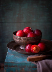 bowl-of-plums1